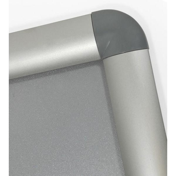 Kliklijst met afgeronde grijze plastic hoeken