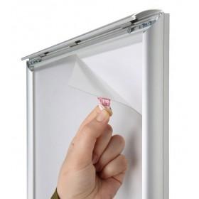 Dalle de LED protégée par une feuille plastique