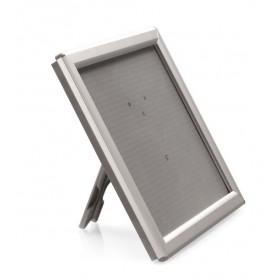 Kliklijst (grijs en natuurlijk aluminium) op standaard